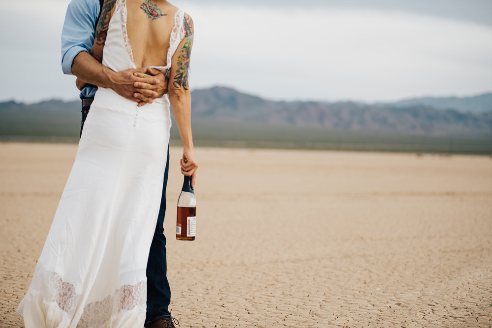 dry lake bed elopement peachy keen unions las vegas wedding tattoo shop photography by ashley marie-188 copy.jpg