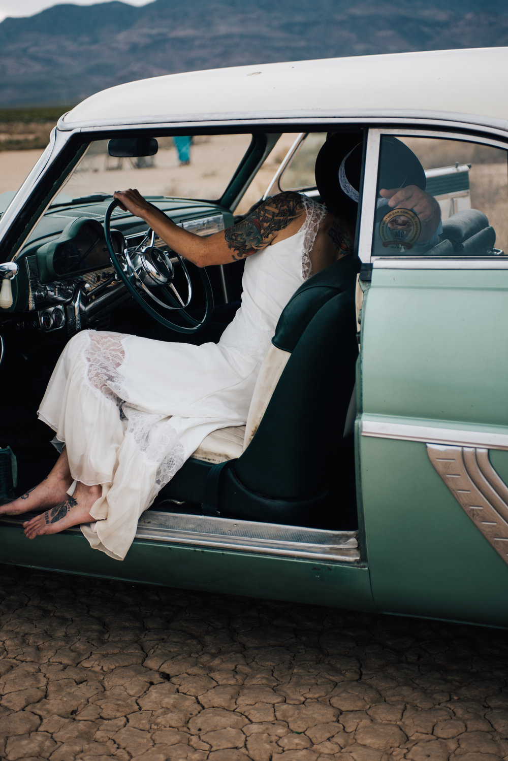 dry lake bed elopement peachy keen unions las vegas wedding tattoo shop photography by ashley marie-195 copy.jpg