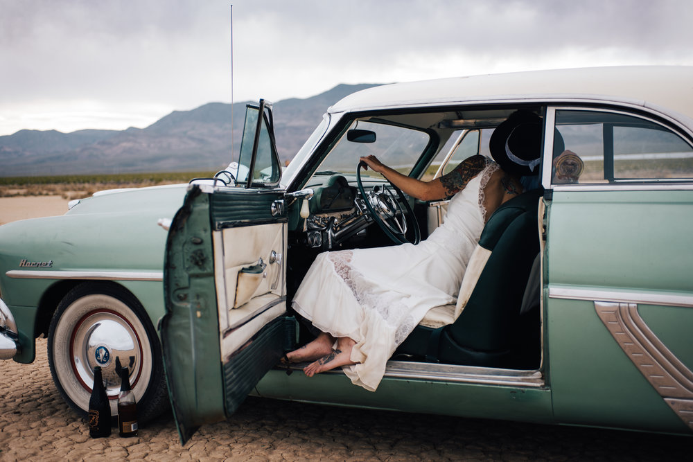 dry lake bed elopement peachy keen unions las vegas wedding tattoo shop photography by ashley marie-197 copy.jpg