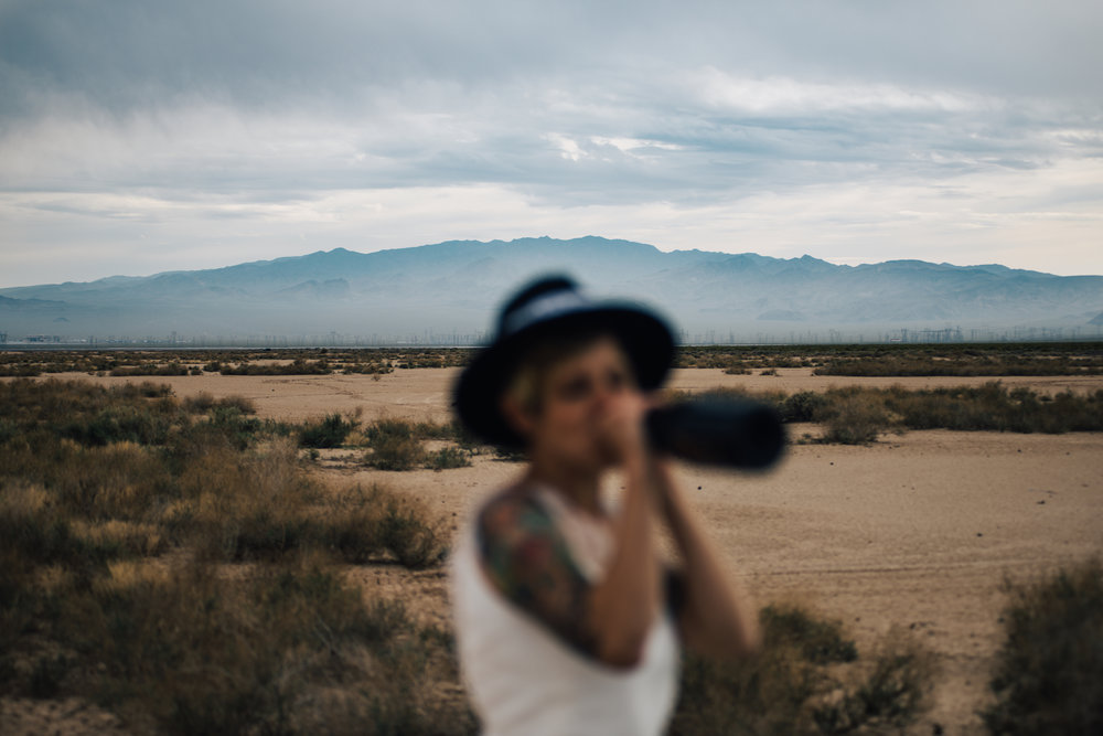 dry lake bed elopement peachy keen unions las vegas wedding tattoo shop photography by ashley marie-314 copy.jpg