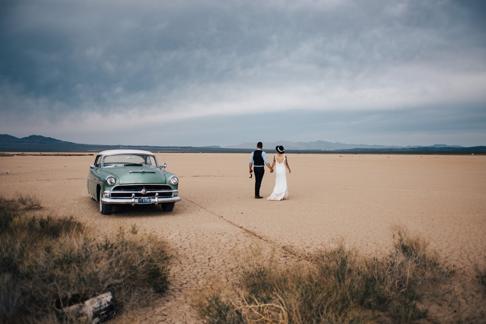 dry lake bed elopement peachy keen unions las vegas wedding tattoo shop photography by ashley marie-338 copy.jpg