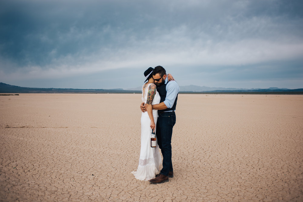 dry lake bed elopement peachy keen unions las vegas wedding tattoo shop photography by ashley marie-348 copy.jpg