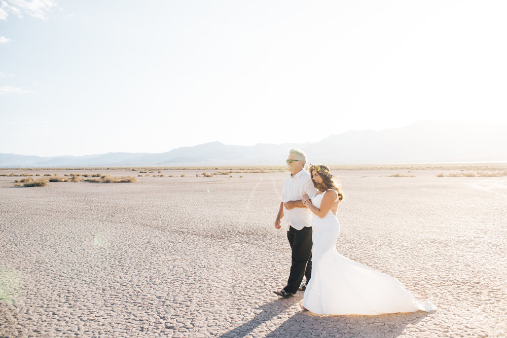 ted baker groom suit, groom, dry lake bed elopement, elopement, flora pop, las vegas wedding, las vegas elopement, pop up wedding, desert wedding, essence of australia wedding dress, wedding dress, bride, bride style, bridal, aussie wedding, las vegas photographer, desert life, summer wedding,