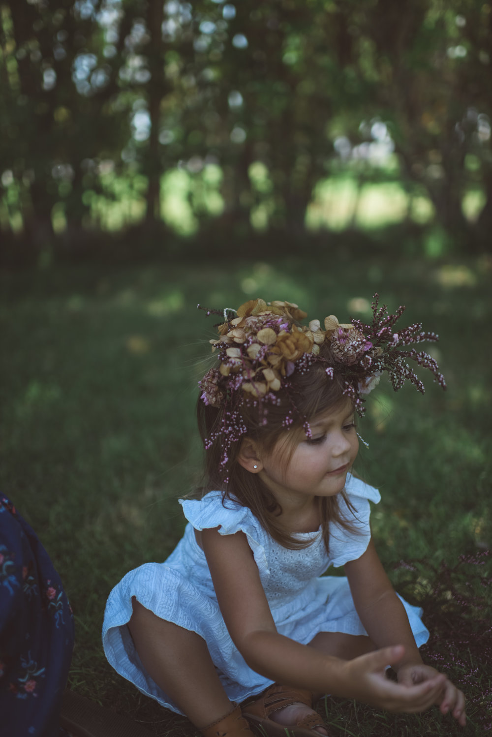 las vegas photographer, ophelia, flower crown, children portrait, portraits, children, girl,