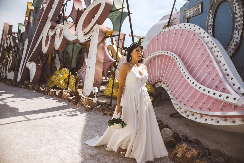 Lifestyle Photography by Ashley Marie Myers Neon Museum Elopemnt DTLV-16.jpg