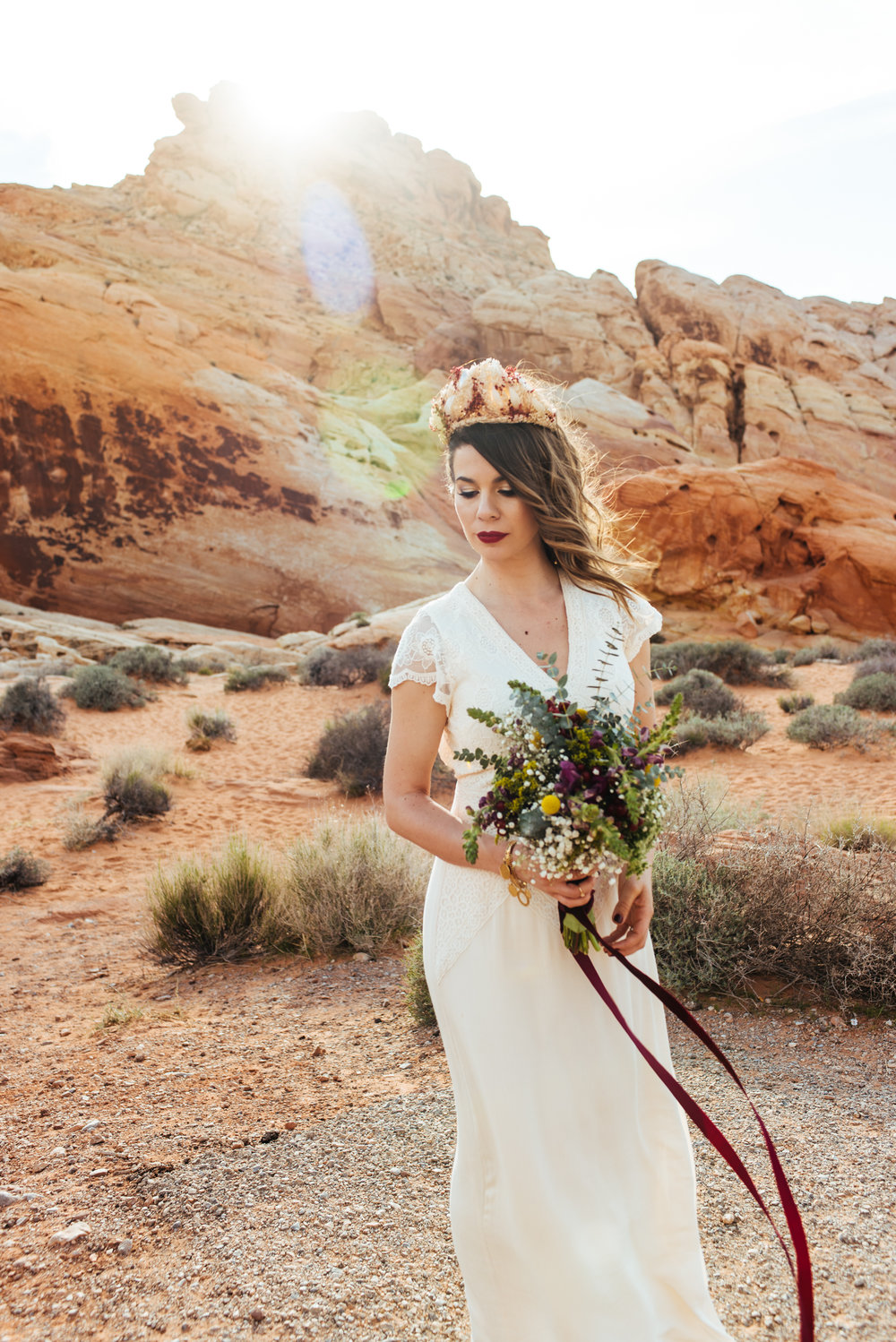 valley of fire elopement, valley of fire wedding, las vegas elopement, boho bride, bohemian wedding