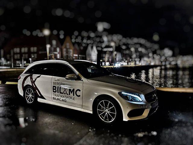 Ta lappen med Bergen BIL&MC skole! Vi er trafikkskolen med fornøyde elever. Sjekk www.bilmc.no #bryggen #bergen #mercedes #amg #fornøydeelever #bilmc
