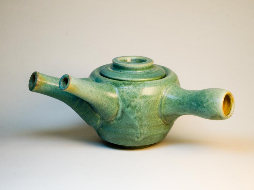 spouted teapot.jpg