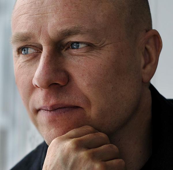 Johan Ekenberg - johan@humlebackvarmland.se0706-340234