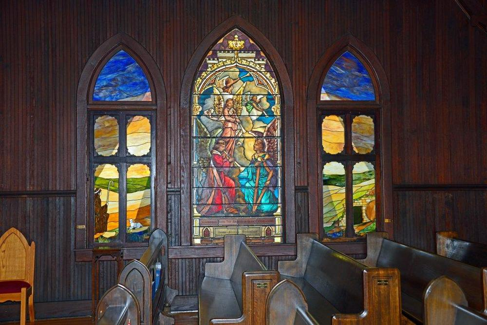 Redeemer Stained Glass Windows 033.jpg
