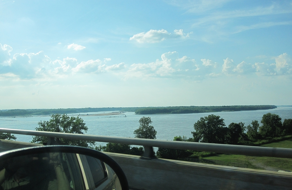 One more shot of the Mississippi, taken on the way back to Marion.