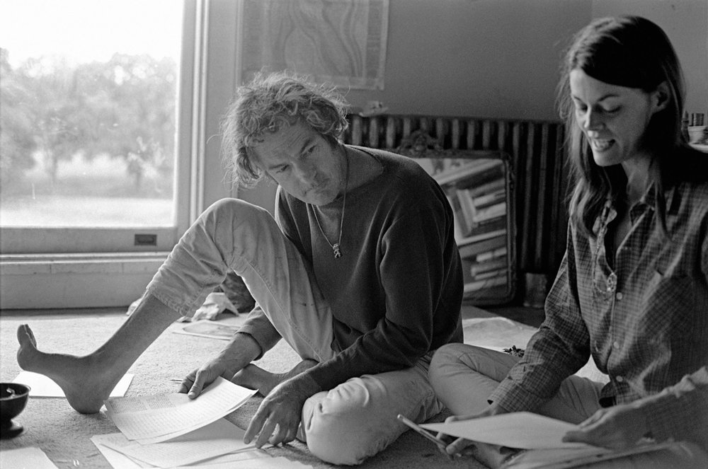 Timothy Leary, Ph.D, and Rosemary Woodruff work on a one of Leary's lectures at the 63 room Hitchcock mansion in Millbrook, New York on June 15, 1967. (Alvis Upitis/Getty Images)