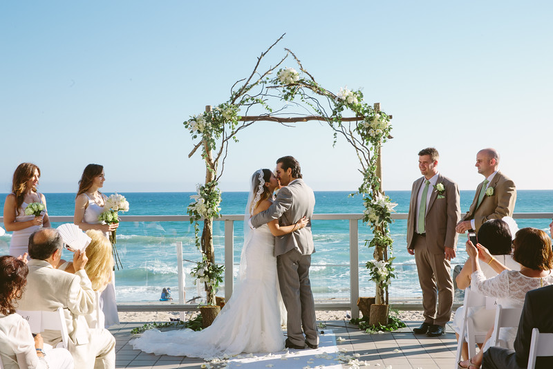 Where to get married in malibu malibu wines for Best wedding places in california