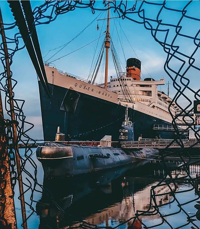 Break through the barrier and find the beauty within. . . ..And you'll find us within @thequeenmary. . . . . . #queenmary #orangecounty #lbc #losangeles #lastory #beauty #wine #malibuwines #barrier #breakbarriers #loveyourself #tastingtuesday pc:: @alex_xserna