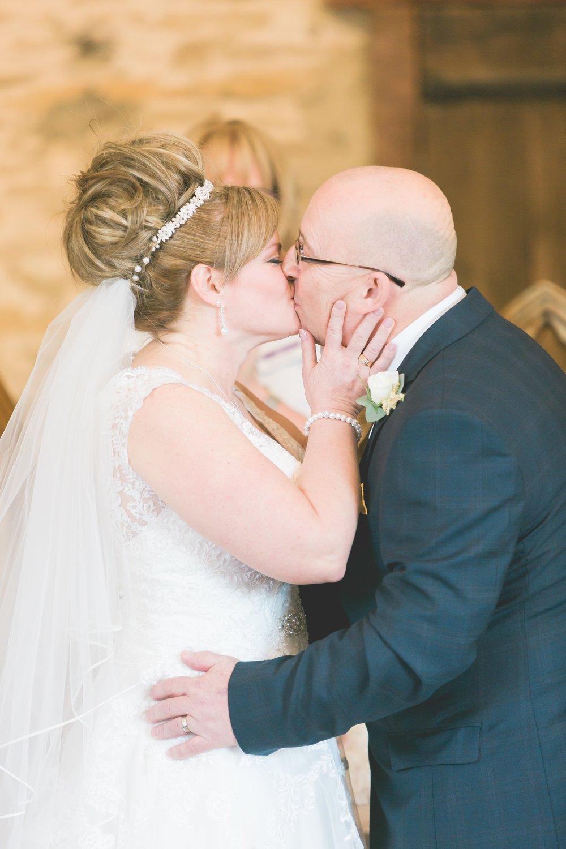 Mr&MrsOliver-14.jpg
