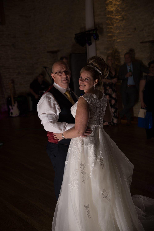 Mr&MrsOliver-28.jpg
