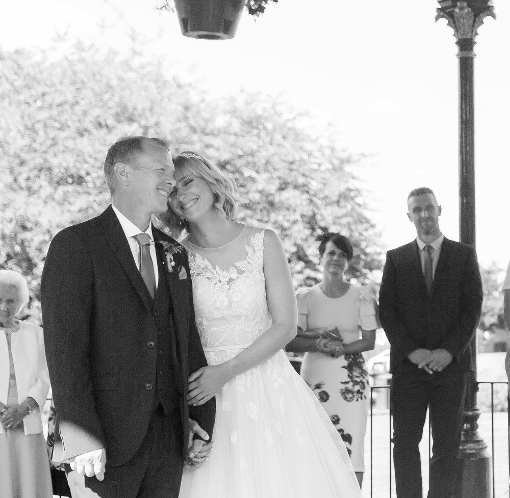 Mr&Mrs Prior-12.jpg
