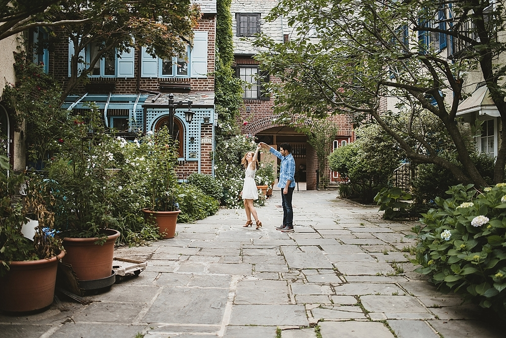 Caitlin+Josh_1052_viva-love-philadelphia-wedding-photographer-philly-elopement_.jpg