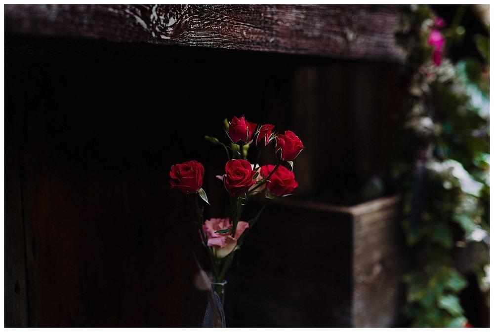 shannon-ruth-viva-talulas-garden-wedding-viva-love-philadelphia-photographer-philly-elopement-_0120.jpg
