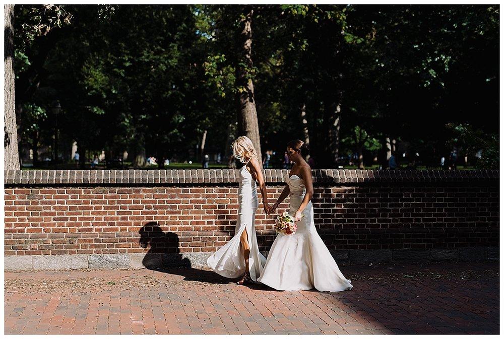 shannon-ruth-viva-talulas-garden-wedding-viva-love-philadelphia-photographer-philly-elopement-_0109.jpg