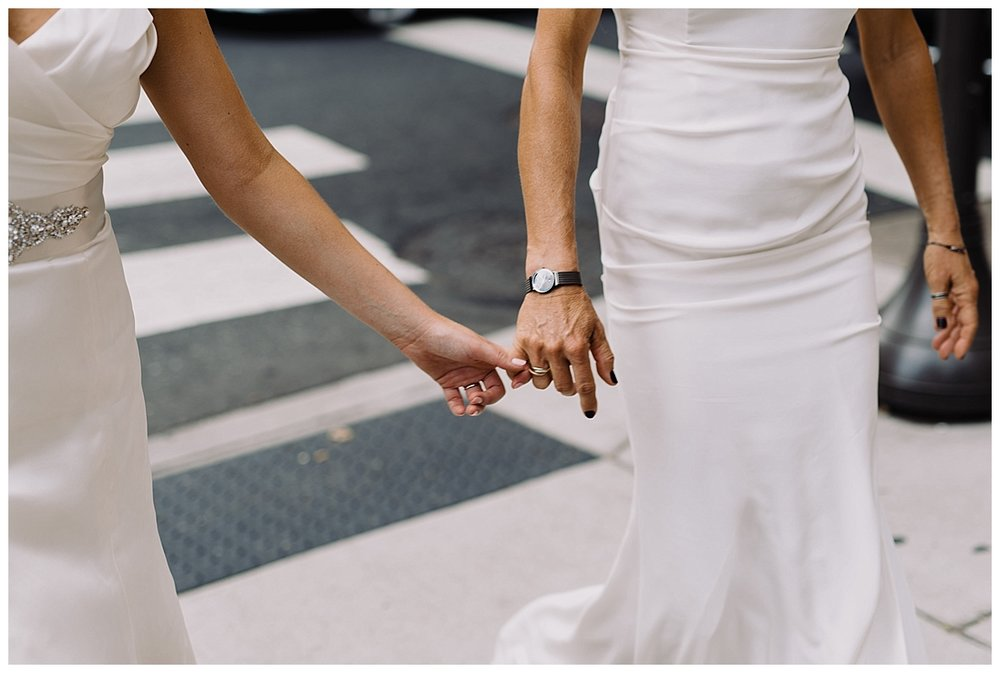 shannon-ruth-viva-talulas-garden-wedding-viva-love-philadelphia-photographer-philly-elopement-_0105.jpg
