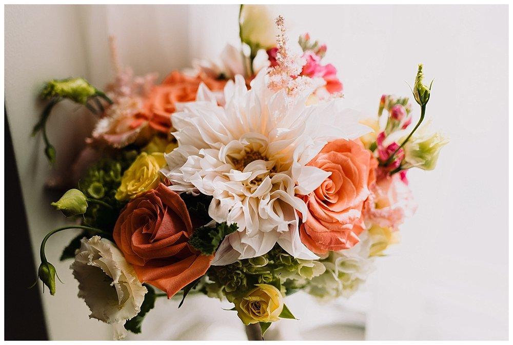 shannon-ruth-viva-talulas-garden-wedding-viva-love-philadelphia-photographer-philly-elopement-_0083.jpg