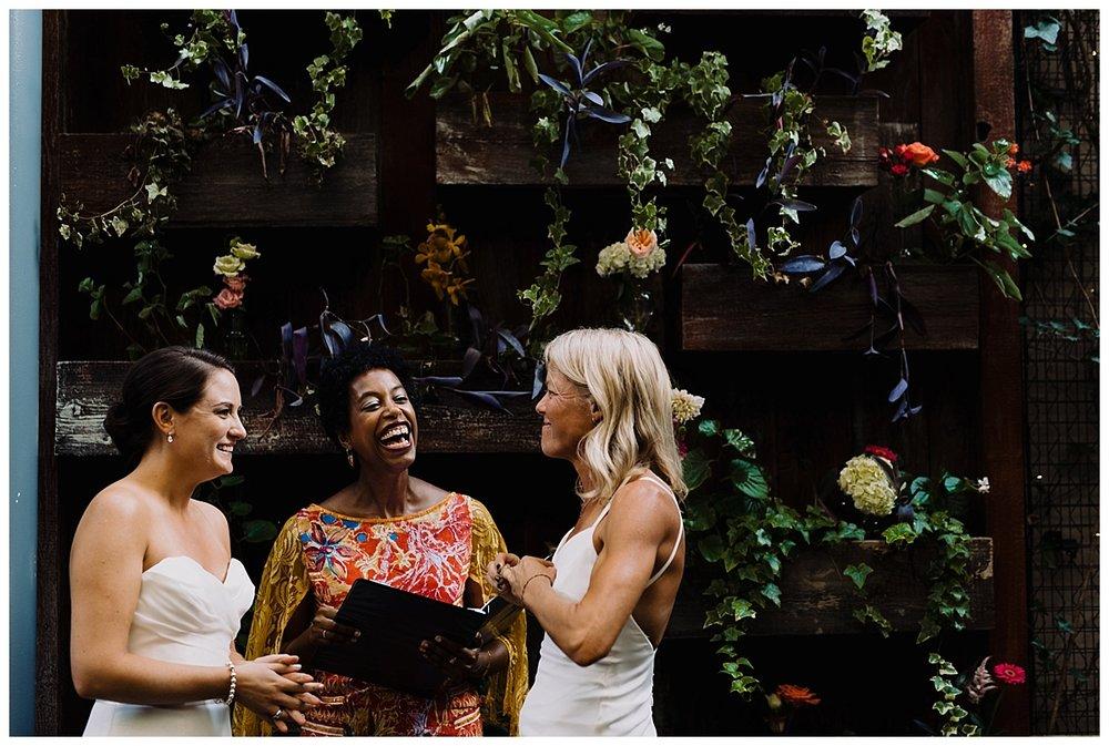 vivalove-shannon-ruth-talulas-garden-philadelphia-wedding_0015.jpg