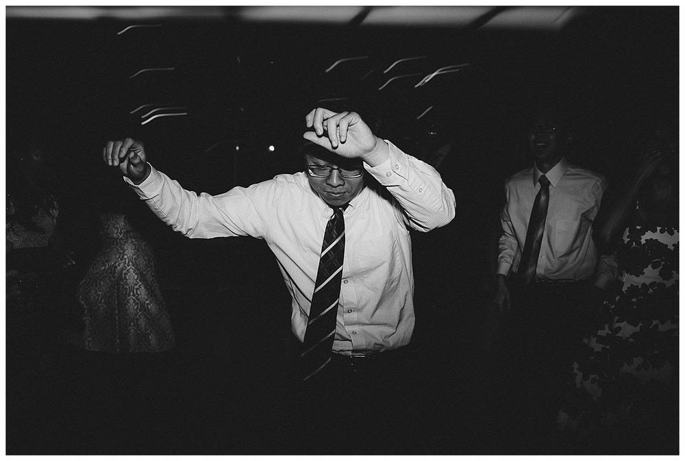 judy-claude-wedding-philadelphia-photographer_0418.jpg
