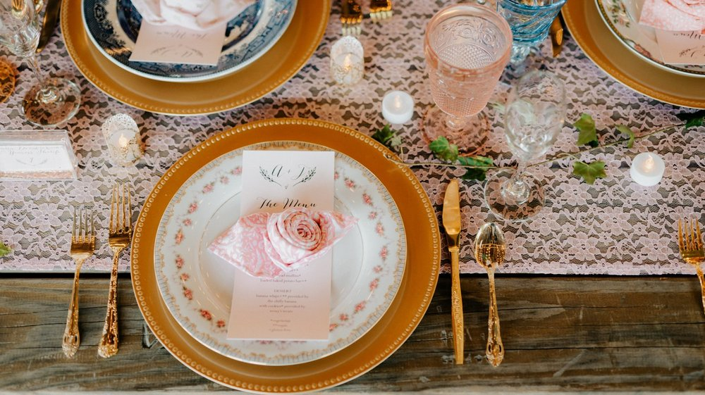 philadelpia-new-jersey-wedding-photographer-moody-reception-design-details-placesetting_0351.jpg