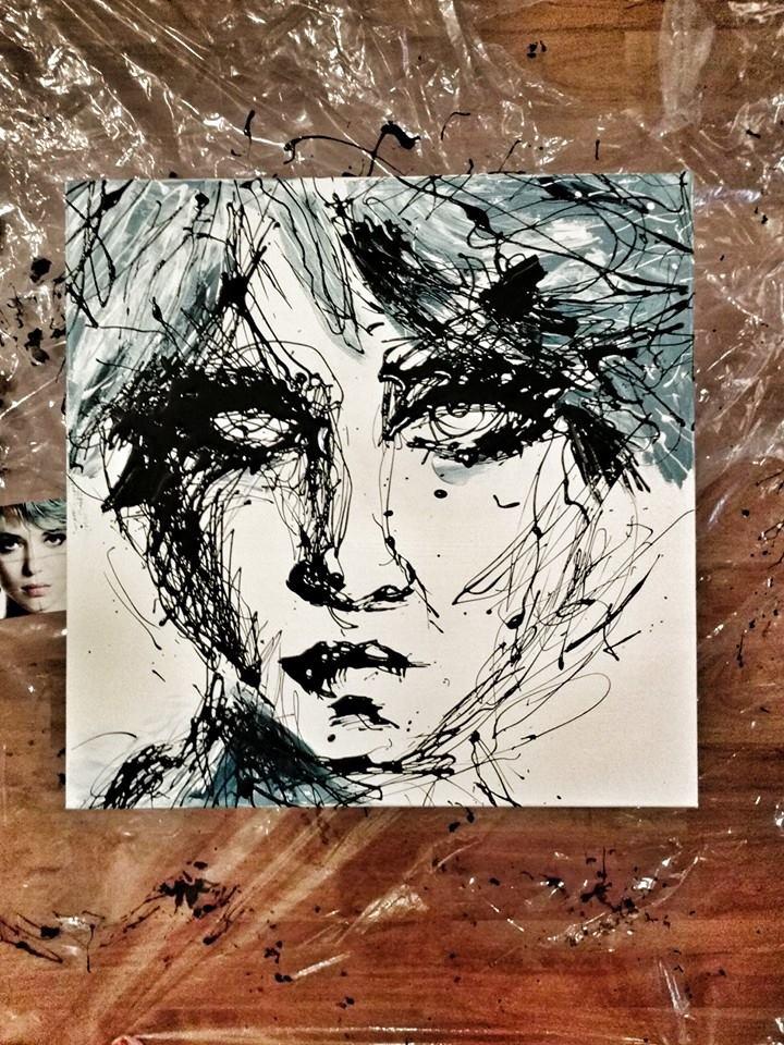 commission-drip-portrait-face-fille-en-bleau.jpg
