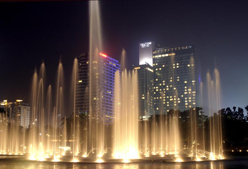 tower fountains.jpg