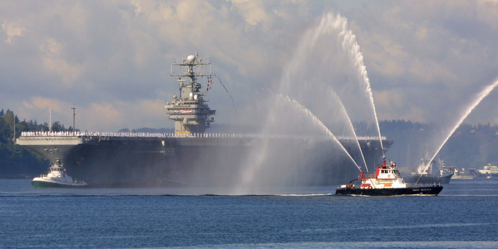 linclon and fireboat.jpg