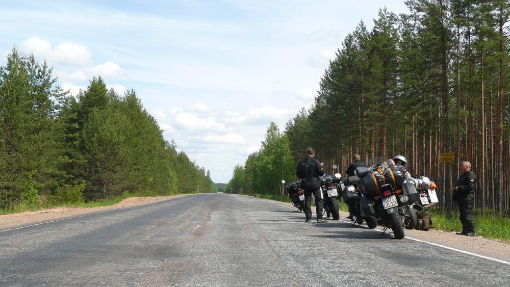 Nordrussland - nicht für Kurvenjäger.jpg