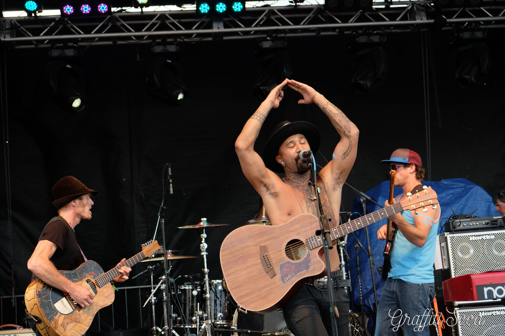Nahko Bear and Medicine for the People=