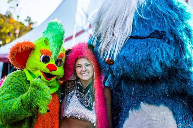 ✨Friends come in all shapes and sizes... ✨@nocturnalwland