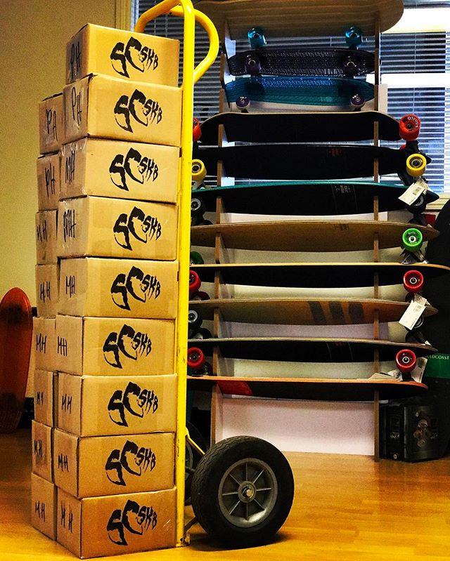 ⚙️⚡️ #scsk8 #skateboard #skateboarding #skatelife #skateallday #skatecrunch #longboard #longboarding #skateordie #losangeles #california #bearings #freeshipping
