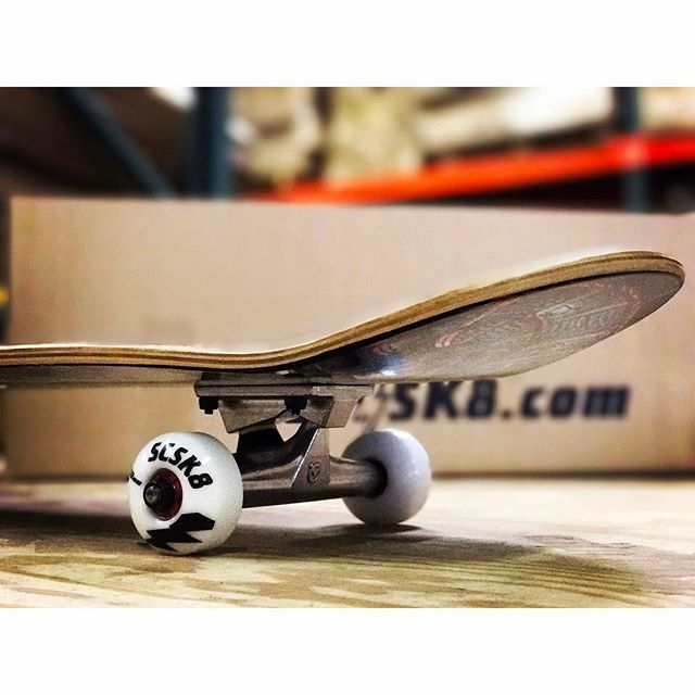 Monday Grind 💰 #scsk8 #skateboarding #skateboard #skatelife #skateordie #skate #losangeles #california #wheels #trucks #bearings #instadaily