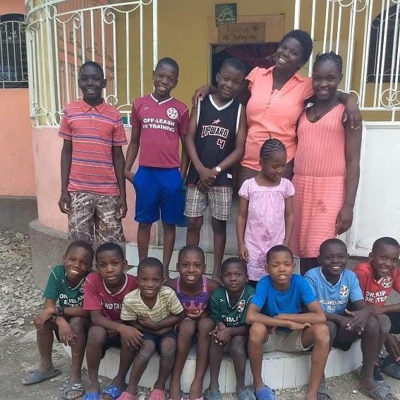 Manoucheka and Kids.jpg