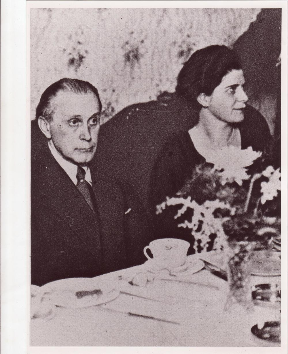 Adolf Loos and Claire Beck Loos, circa 1930. Courtesy Burkhardt Rukschcio.