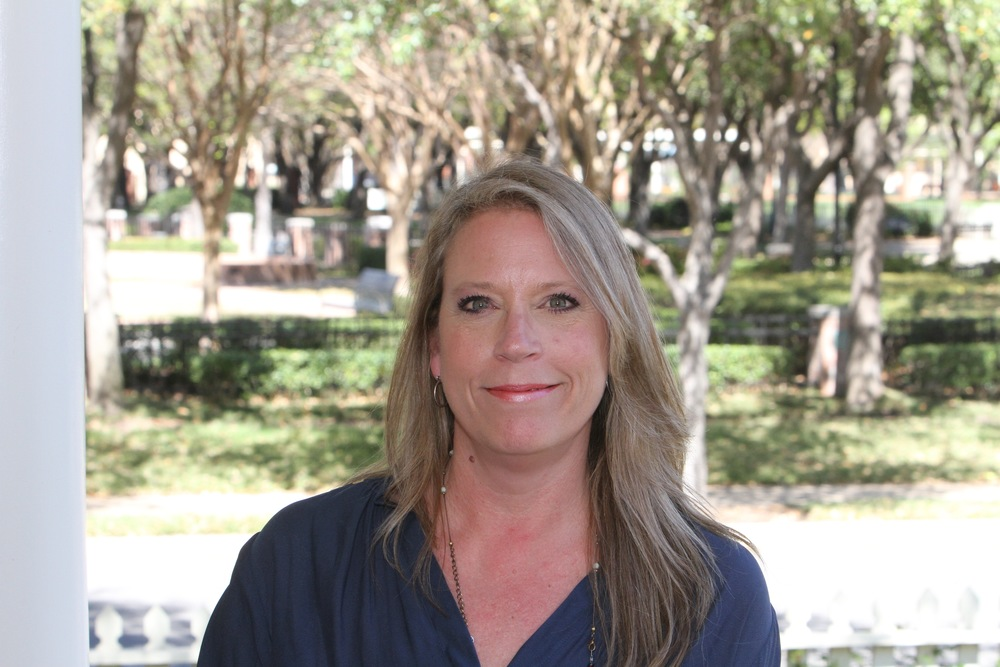 Kim joined the Behind Every Door team as an Executive Assistant in 2010. She has more than 25 years experience working for Dallas area commercial real estate companies including Macfarlan Real Estate Services, the Prudential Realty Group's subsidiary, Premisys, and Centre Leasing and Management. Kim grew up in Houston, has been married to her husband, Scott, for over 20 years, and has two children.