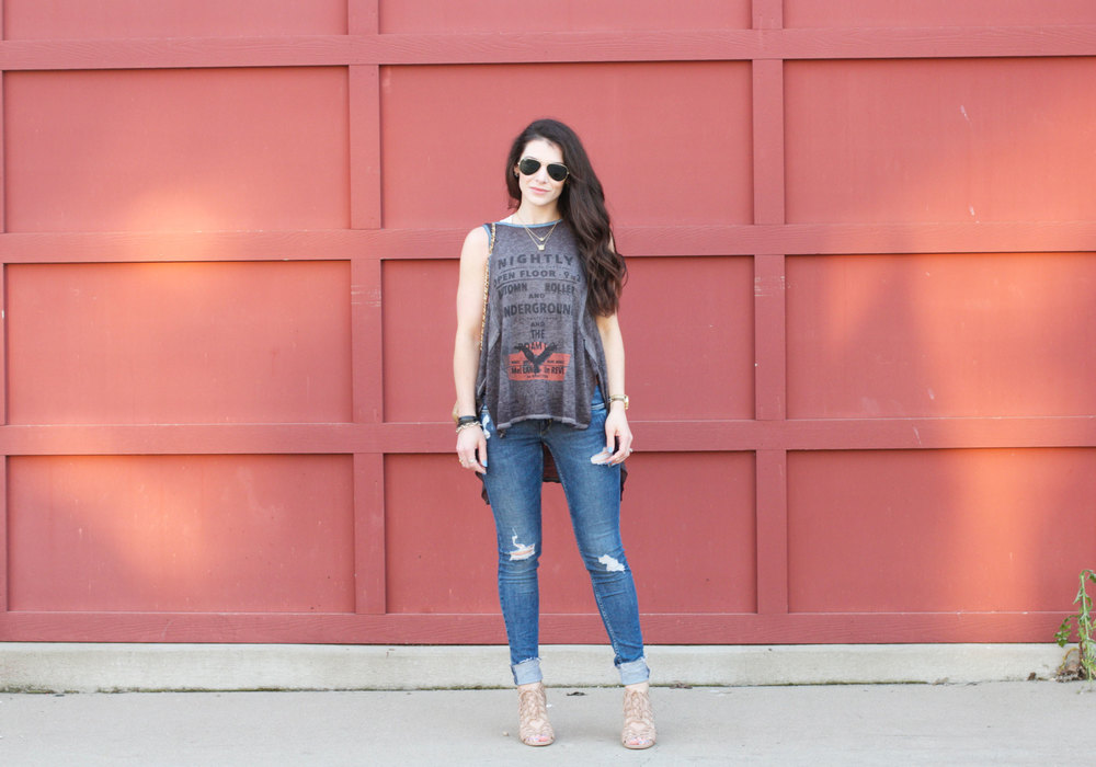 Fashion Blogger, Summer Style, Free People, Distressed Denim Skinny Jeans, Druzy Necklace, Dolce Vita Caged Sandals