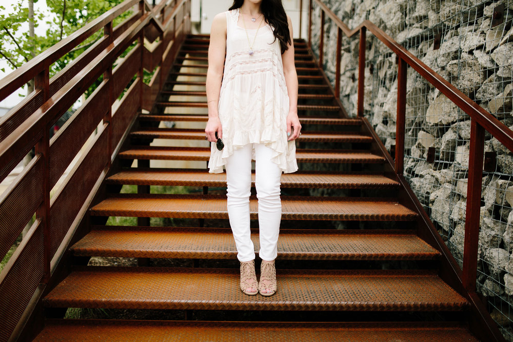 Fashion Blogger, Free People Trapeze Slip, White Outfit, Dolce Vita Sandals, Nude Sandals, Nashville Style, White Jeans, Druzy Ring