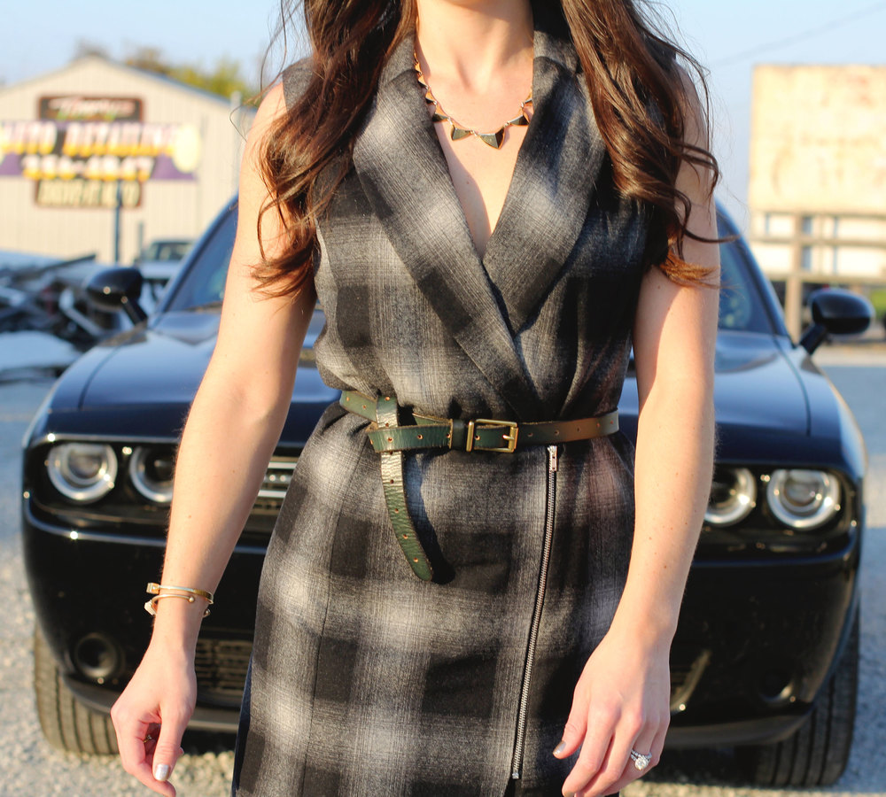 Fall Fashion, WAYF Plaid Long Vest, Elizabeth and James Black Booties, Black Aviator Sunglasses