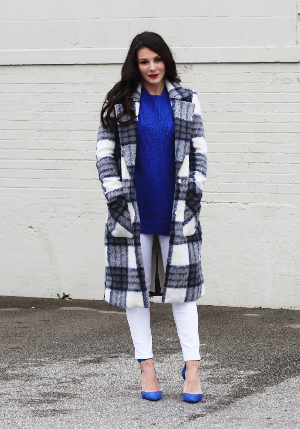Winter White Outfit, Forever 21 Longline Plaid Coat, Mossimo Cable Tunic Sweater, White Skinny Jeans, Jessica Simpson Blue Pumps, How To Wear White In The Winter