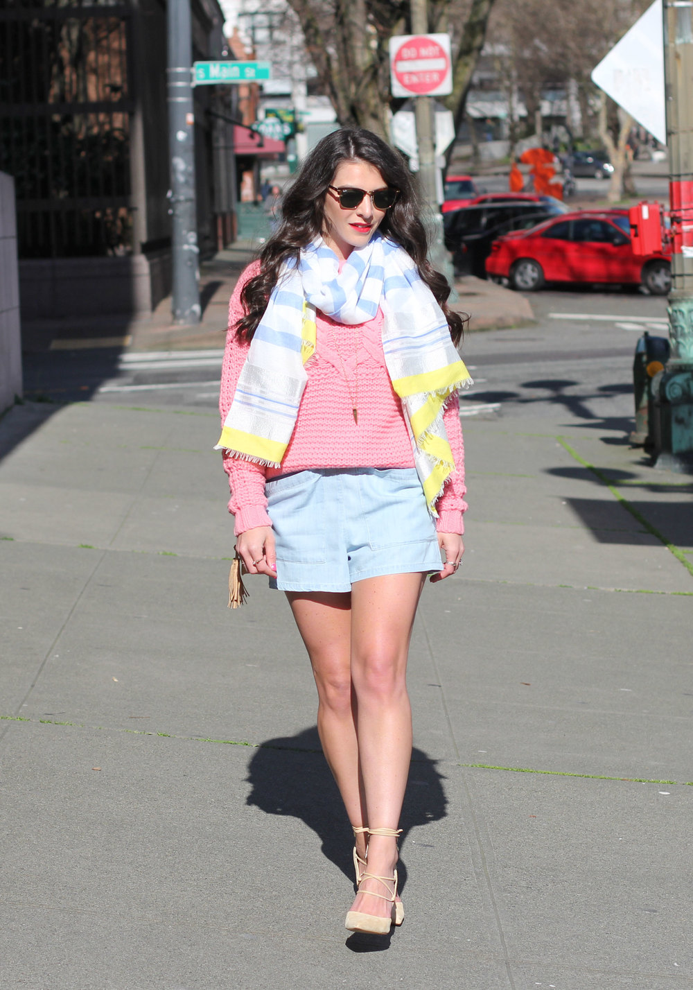How To Layer For Spring, BDG Chambray Romper, Pink Cropped Sweater, Sam Edelman Dayna Pumps, Spring Outfit