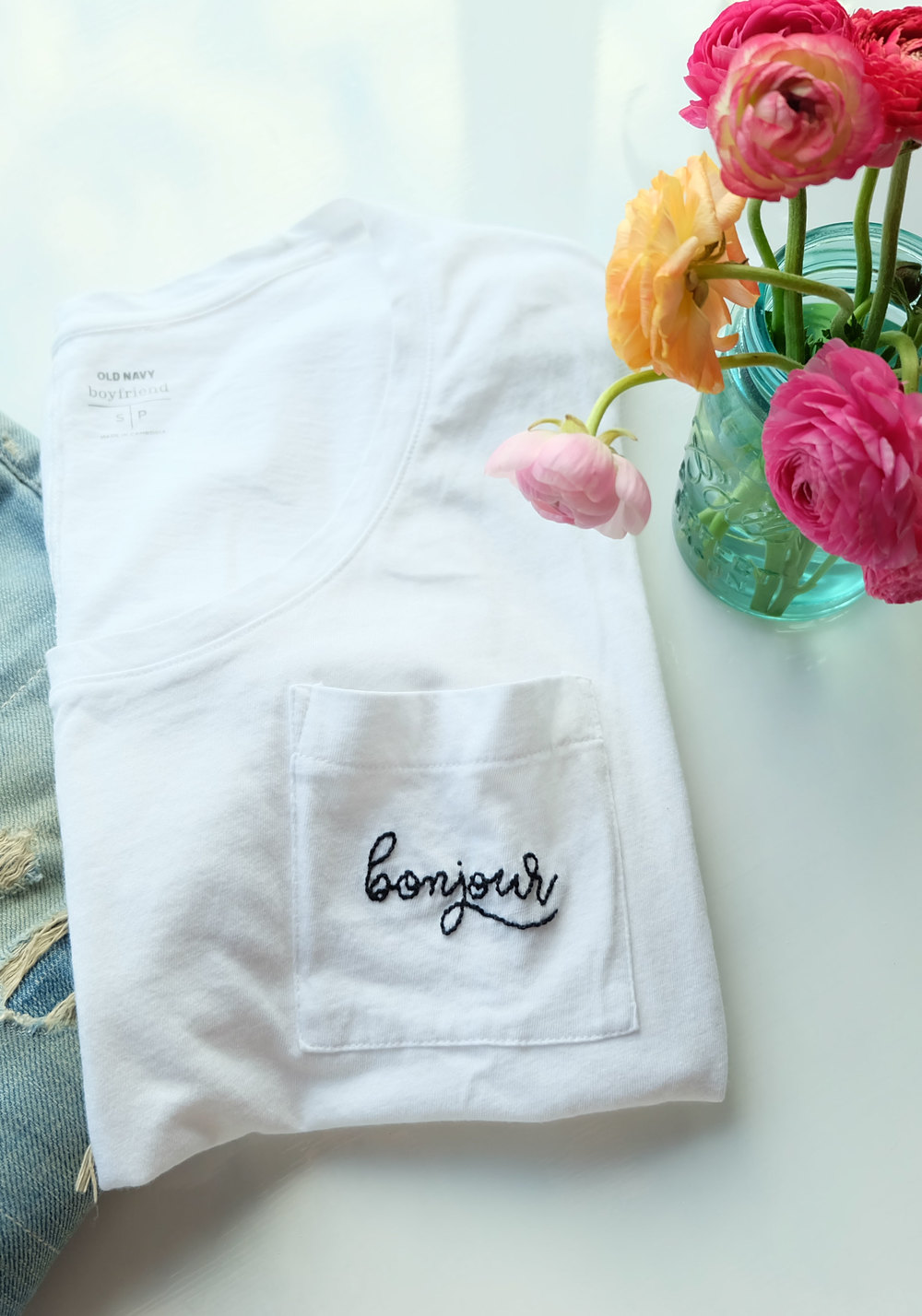 Old Navy Boyfriend Pocket Tee with DIY Embroidered Graphic, Fun Fashion DIY! Casual Weekend Outfit.