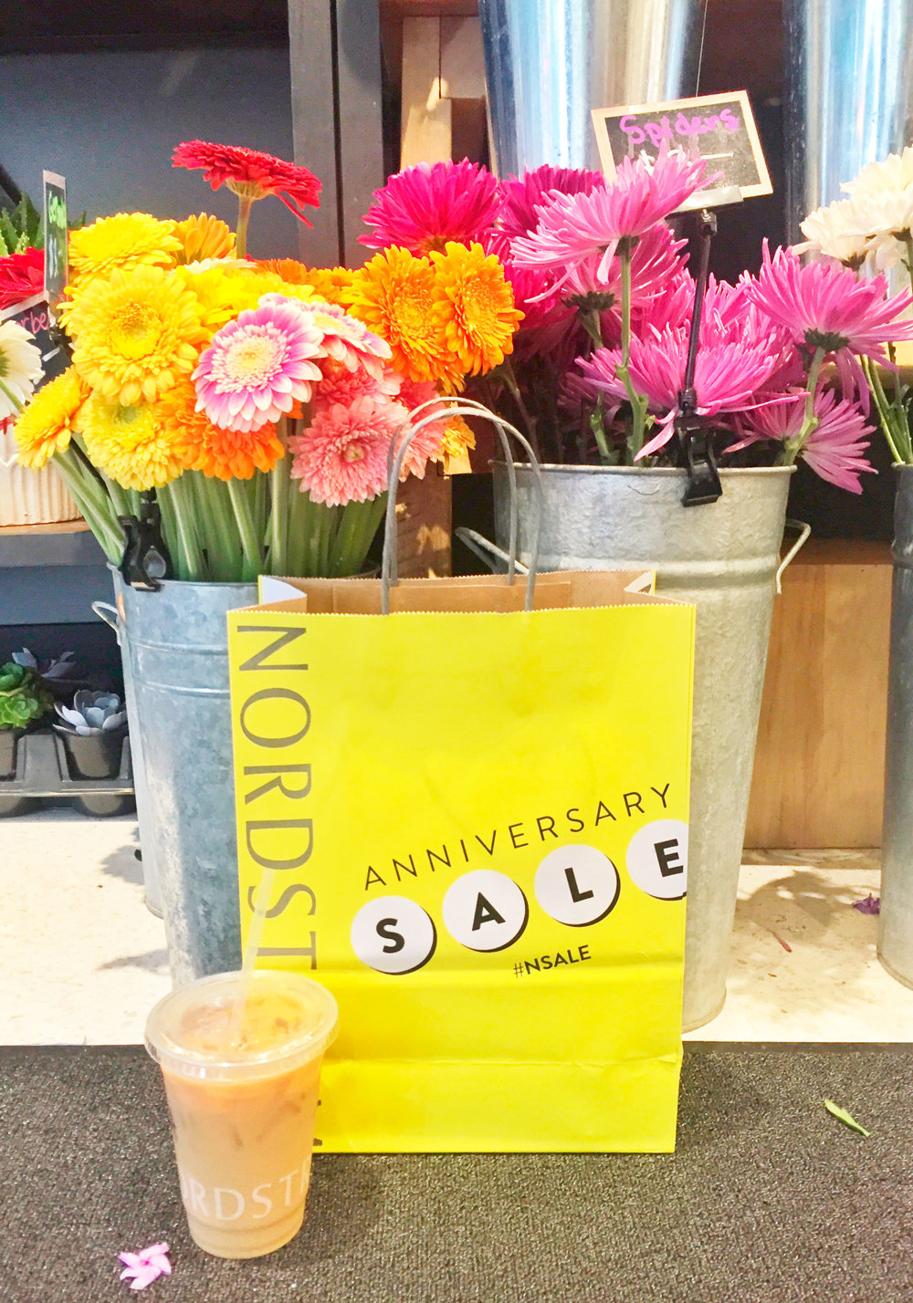 Nordstrom Anniversary Sale 2016, The best women's clothing, shoes, and accessories to scoop up now while they're on sale! #NSale