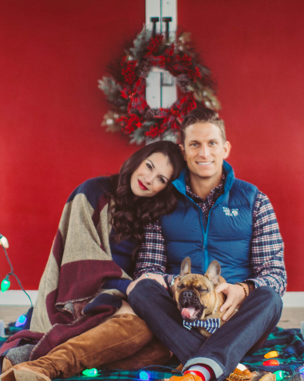 what to wear for christmas engagement photos