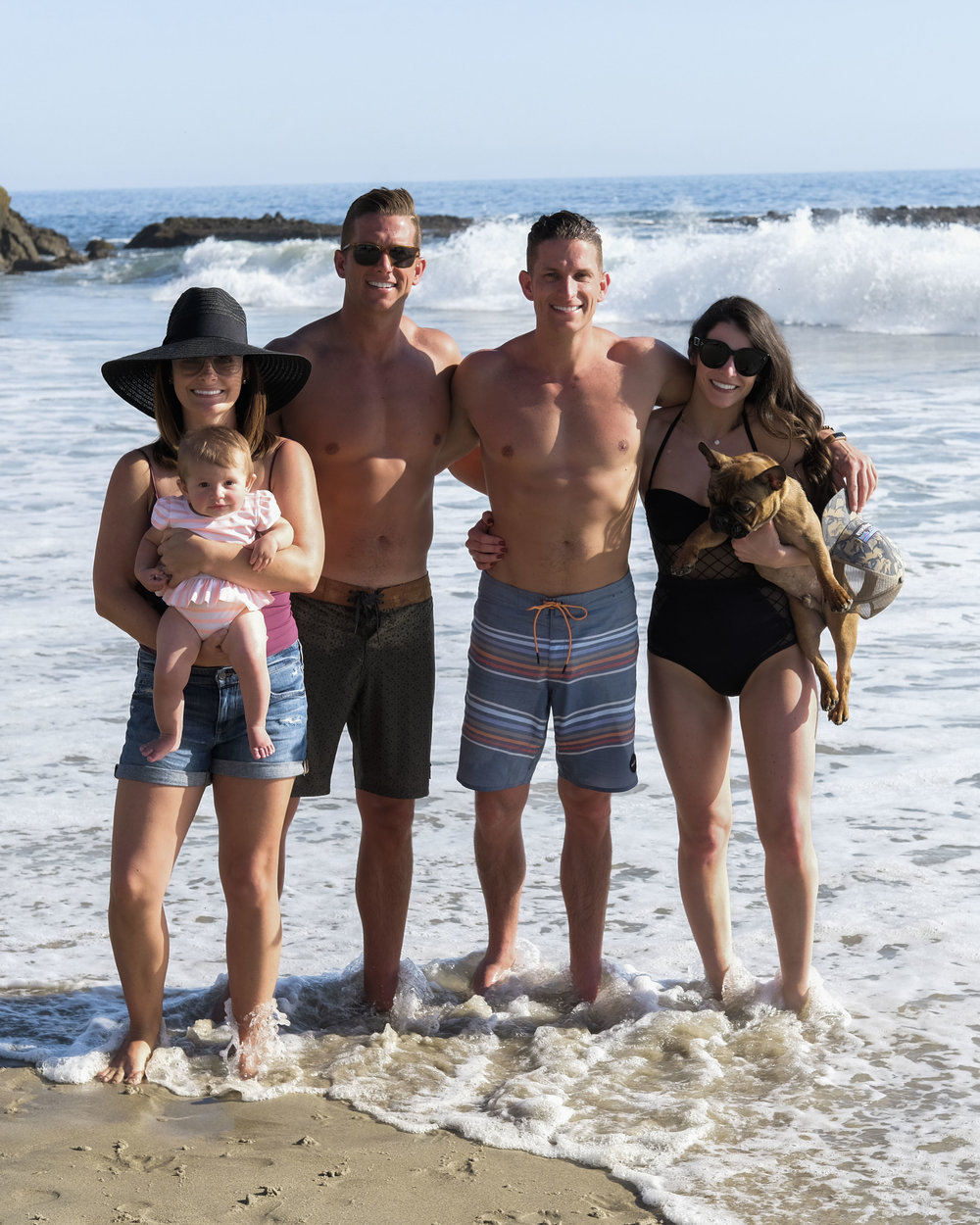 Guide to Laguna Beach.  Family photo on the beach. ASOS diamond mesh cupped one-piece swimsuit.
