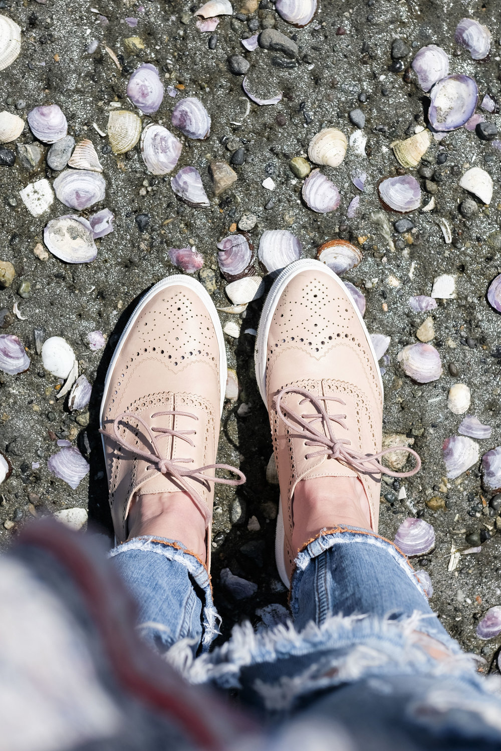 San Juan Islands Washington.  What to do for a weekend in the San Juan Islands.  Places to stay and eat on Orcas Island and Friday Harbor. Shelly's London Kimmie platform sneakers.